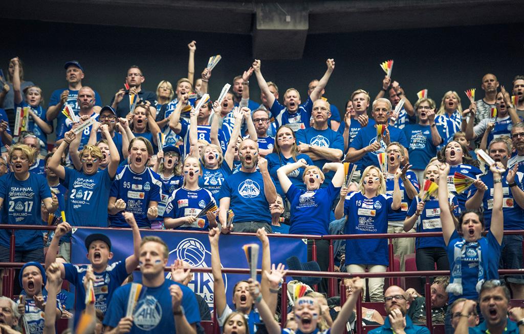Alingsås Handbollklubb, klubbemblem. Edge Emballage silversponsor